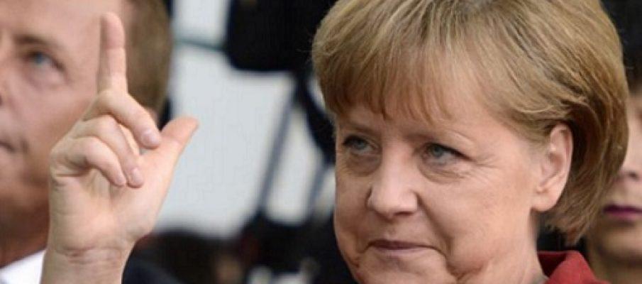 Cinque referendum su Angela Merkel