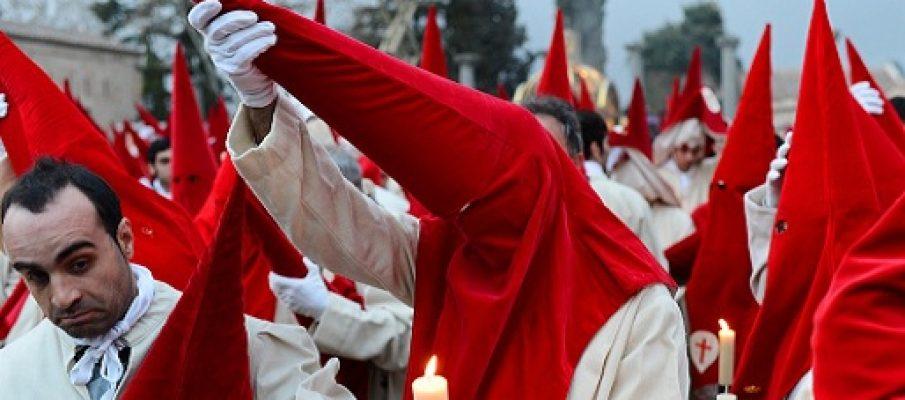 Spagna: è giusto che la Chiesa paghi le tasse ?