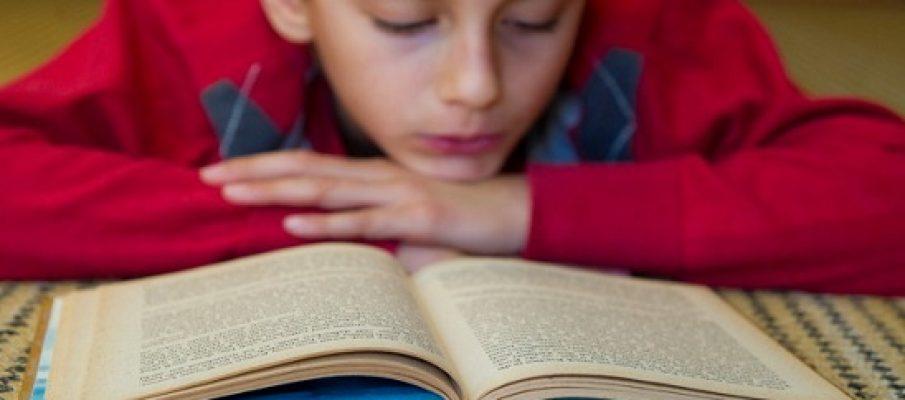 Il collega Tomas a 9 anni divora 2 libri al giorno