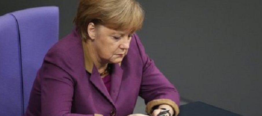 Cade la linea tra Angela e Obama