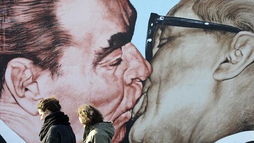 Il maggior tracciato rimasto in posizione originale del muro di Berlino abbattuto il 9 novembre 1989