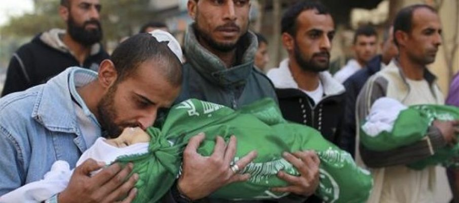 Israele sta massacrando centinaia di civili