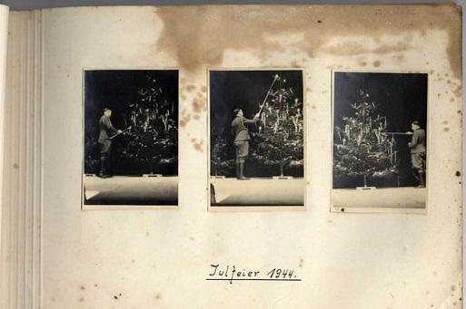 Dall'album di una SS. Foto: United States Holocaust Memorial Museum
