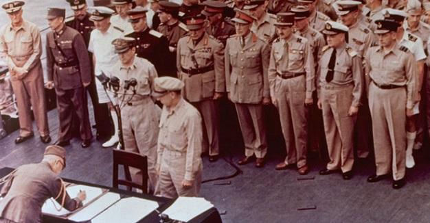 La firma della resa del Giappone