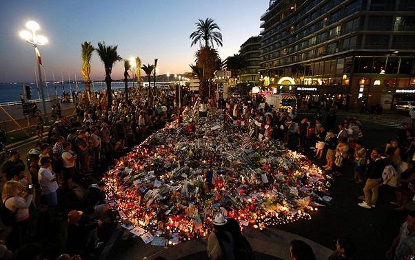 Nizza, la commemorazione delle vittime—Foto di Valery Hache/AFP